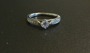 Beautiful Engagement Ring Cambridge Kitchener Area image 1