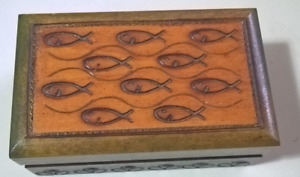 Vintage Wooden Trinket  Box, Ornament wood box with Hinged Lid,