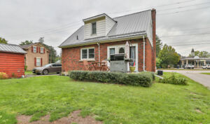 Home for sale in Simcoe