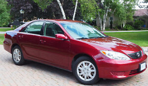 2005 Toyota Camry LE Sedan ONLY 56,700 KM