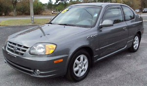 2005  ACCENT  ONLY 109000 KM , SUNROOF ,SPOILER