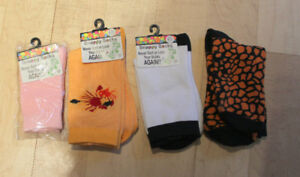 NEW pairs snappy socks, size 9 - 11 years $ 2 for all