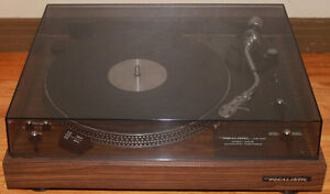 Realistic Lab-400 Direct Drive Turntable & Stanton Cartridge