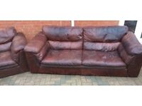 Sofas 3+2 real leather Can deliver