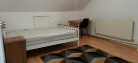 Loft Double/Twin room in Hayes, Heathrow. Newly decorated. Good location,station, bus stops. All inc