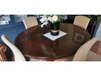 Mahogany Vintage dinning table for 8