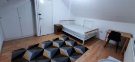 Double room in Hayes, Heathrow. Newly decorated. Good location with station, bus stops. All inc