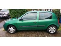 Renault Clio Expression 16v 2002 Green. 1.2 engine.