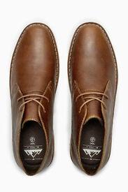 MENS Desert boots - Size 8 - Brand New