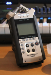 zoom H4N  mint shape recording studio