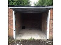 Lock up Garage to let for rent in Tadley near Newbury and Basingstoke Hampshire