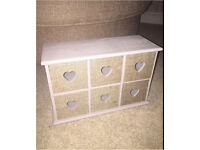 Storage drawers with heart shape and hessian