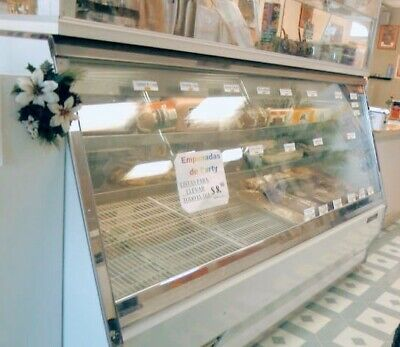 Bakery Glass Deli Case Display 968ft Special Space For Meats With 2 Doors.
