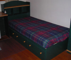 Bedroom Set Buy And Sell Furniture In Ottawa Kijiji Classifieds Page 9