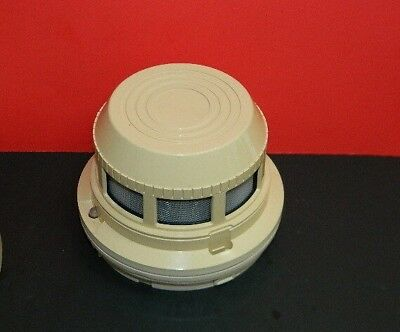 Est Edwards 2551f Photoelectronic Smoke Detector Fire Alarm