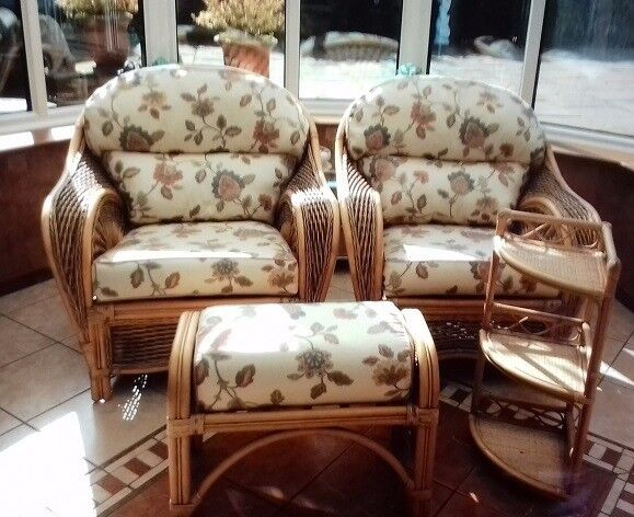 Wicker Conservatory Furniture - Excellent condition