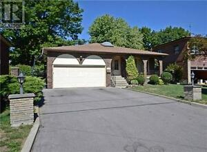 134 Oxford St Richmond Hill Ontario Great house for sale!