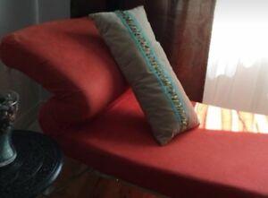 Chaise de salon style Cléopâtre