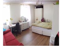 Short/Long term double room to rent