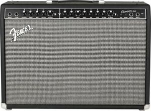 *Fender Champion 40**Échange**Contre un  Fender Champion 100*