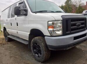 4x4 Ford VAN 2011 : E350 - V10 - 6.8L