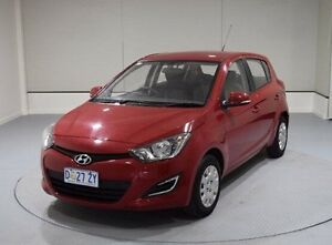 2014 Hyundai i20 PB MY14 Active Red 6 Speed Manual Hatchback Invermay Launceston Area Preview