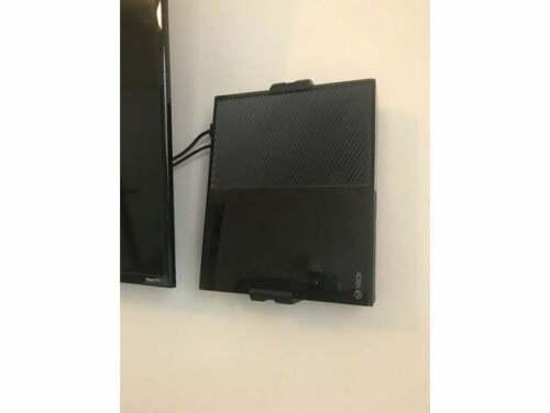 Xbox One Wall Mount