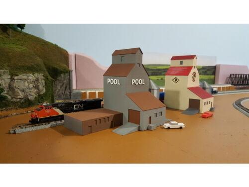 FARM Set Cluster (2) Grain Elevator Buildings (5) Grain Silos - TT Scale 1:120