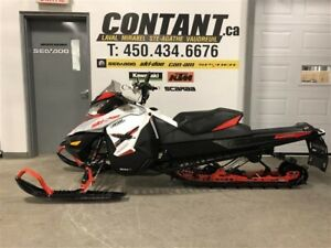 2016 MOTONEIGES Ski-Doo Renegade Backcountry X 800R E-TEC
