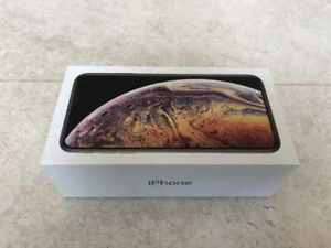 iPHONE XS MAX 256GB BRAND NEW / SEALED / UNLOCKED