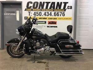 2012 MOTOCYCLETTES Harley-Davidson Harley Davidson FLHTC / FLHX
