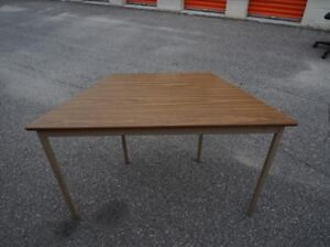 Office Furniture Trading Program>>Small Desk>> Call/Text us!