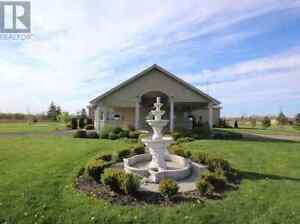 1.250.000$ NEW PRICE $1.174,900{Bungalow,Warehouse,5.96 Acres