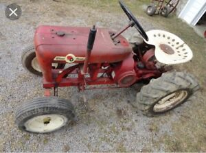 Wanted old wheel horse tractors