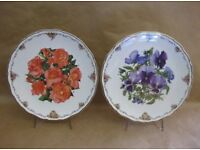 Whole collection Royal Albert Queen Mother's favourite flowers antiques plates original certificates