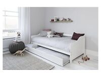 Noa and Nani trundle bed, white