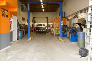 Beautiful mechanic shop for sale in heart of Booming Poco