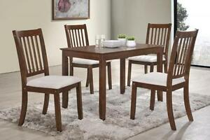 ELEGANT AND HIGH QUALITY DINNING SETS ON SALE (AD 219)