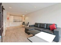 DALSTON - LARGE 2 BEDROOM - MODERN - GREAT SPACE - BALCONY