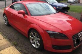 Audi TT - Red