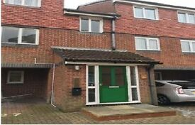 LOVELY 2 BEDROOM FLAT AVAILABLE IN FRENSHAM CLOSE, SOUTHALL, UB1 2YE