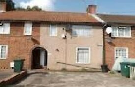 LOVELY 4 BEDROOM TERRACED HOUSE AVAILABLE IN WENLOCK ROAD, HA8 9JG