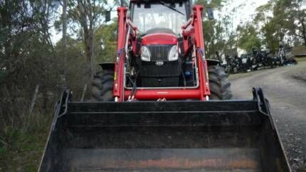 TRACTOR YTO 125HP 4 X 4 , NEAR NEW. reduced to go