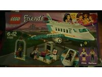 LOGO FRIENDS 41100 AIRPORT SET (NEW SEALED)