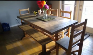 Custom furniture! Tables and beds on sale