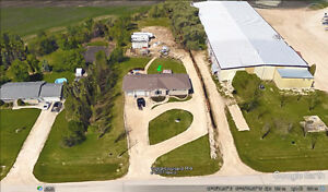 Country living just outside of Winnipeg - .89 of an acre