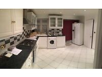 4 BEDROOM HOUSE TO LET RENT IN WEMBLEY - EXCELLENT CONDITION - FURNISHED