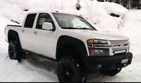 2009 Chevrolet Colorado 4x4 crew cab. priced to sell ASAP
