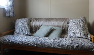 Futon couch/bed
