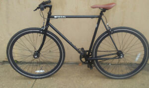 """Regal """"The Knight"""" Fixie bicycle"""
